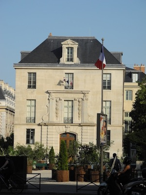 Paris Building near Marais